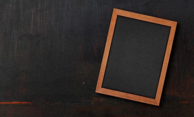 Textura de madera pintada negro de primer plano