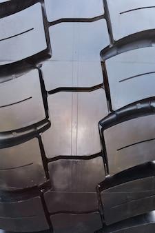 Textura de neumático de coche, enfoque selectivo