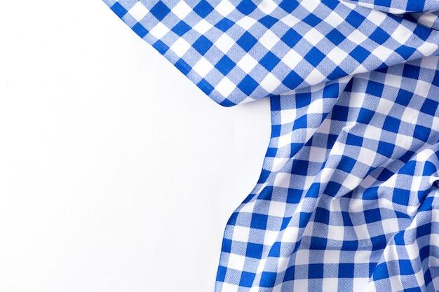 Textura de paño de tabla azul sobre fondo blanco