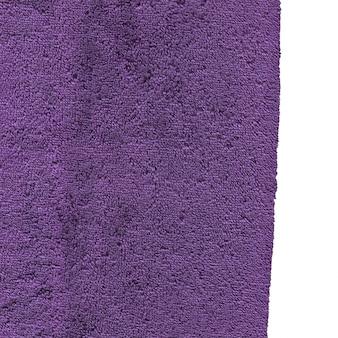 Textura de toalla de algodón de baño color lila aislada en blanco