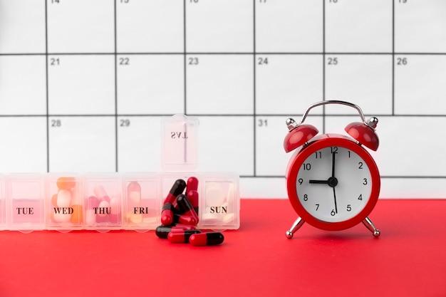 Tiempo para medicina con calendario