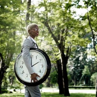Tiempo urgente reloj despertador probabilidad concepto puntual