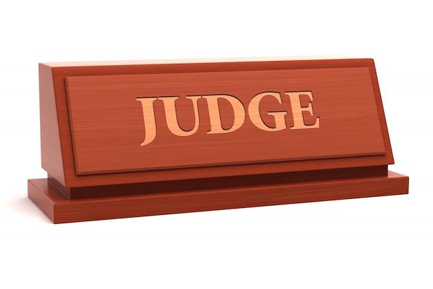 Titulo de trabajo de juez en placa de identificación