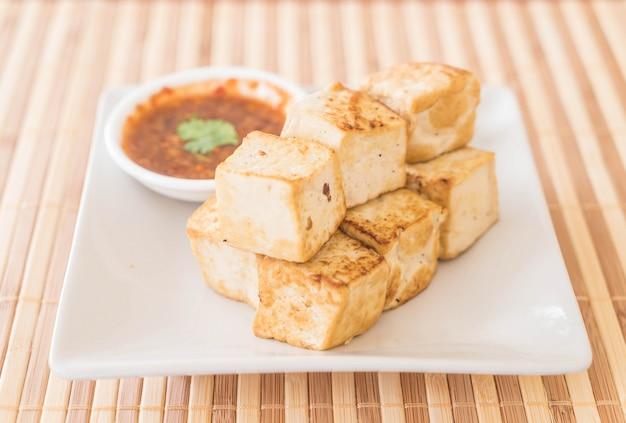 Tofu frito - comida sana