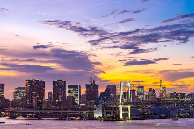 Tokyo tower rainbow bridge japón