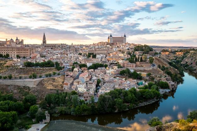 Toledo al anochecer españa