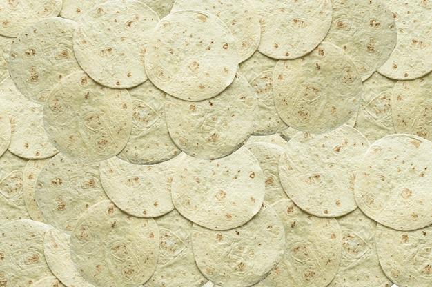Toma cenital de pan de tortilla uno encima del otro