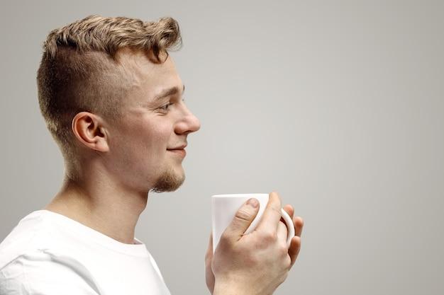 Tomando un café