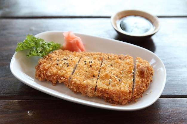 Tonkatsu, chuleta de cerdo