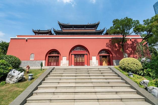 Torre de la ciudad antigua en nanjing china