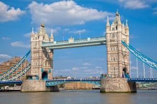 Torre del puente hdr suspensión