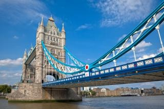 Torre del puente hdr