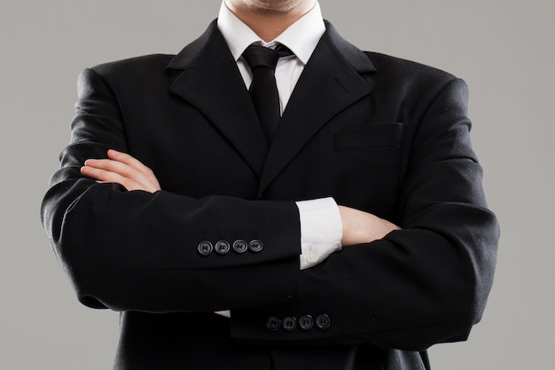 Torso de hombre de negocios en traje