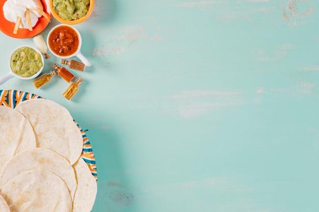 Tortillas y salsas