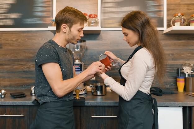Trabajadores de cafeterías