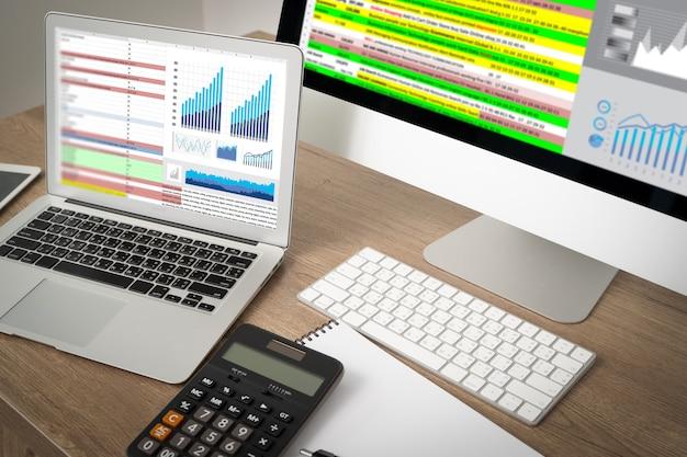 Trabajar duro análisis de datos estadísticas información tecnología de negocios