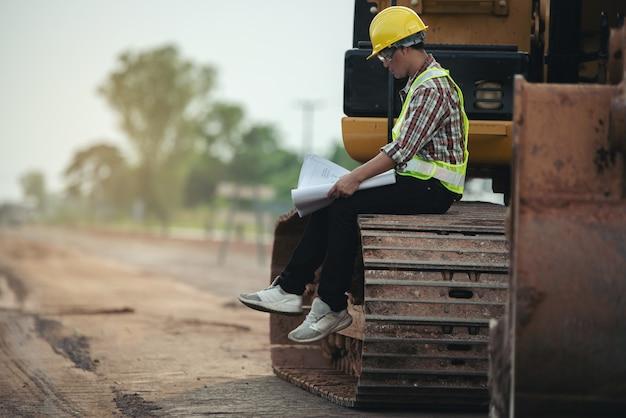 Trabajos de construcción en obra.