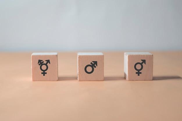 Tres bloques en concepto de género. todos los sexos son iguales