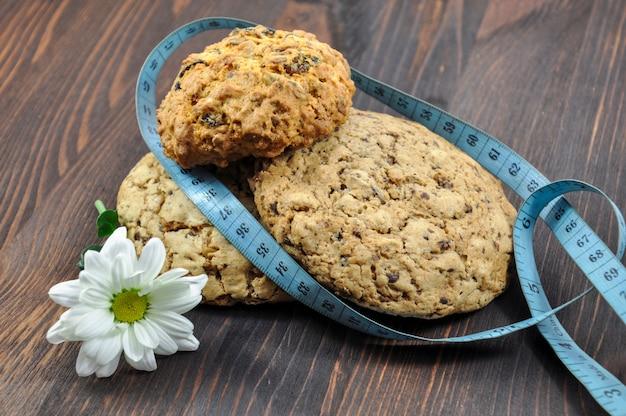 Tres galletas con cereales