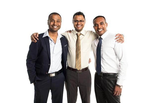 Tres hombres de negocios afroamericanos guapos