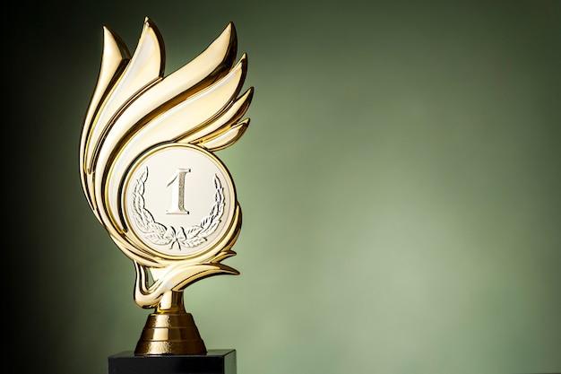 Trofeo de los ganadores de oro para un evento de campeonato.