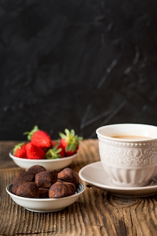 Trufa de chocolate envuelta en cacao