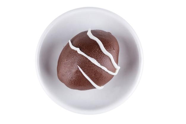 Trufa de chocolate con relleno de uva verde