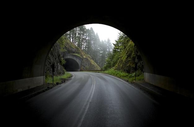 Túneles de montaña