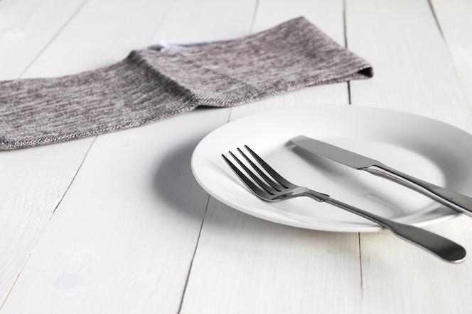 Restaurante cubiertos descargar iconos gratis for Plato tenedor y cuchillo