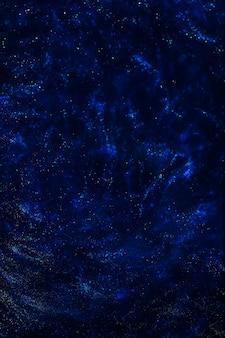 Universo espacial lejano e inexplorado con estrellas y nebulosas