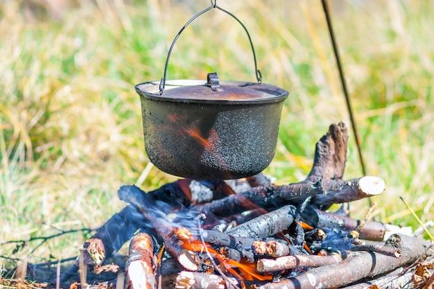 Utensilios de cocina para acampar