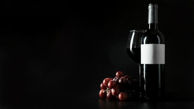 Uva cerca del vino