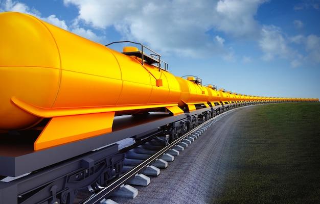 Vagón de tren cisternas de aceite en el fondo del cielo