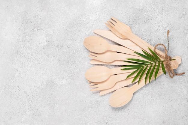 Vajilla de papel desechable ecológica vista alta