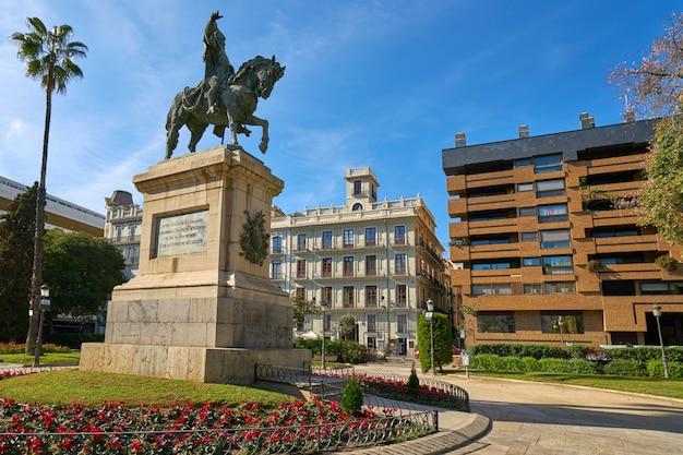 Valencia parterre alfonso magnanimo estatua