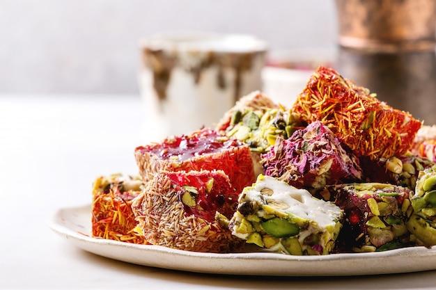 Variedad de delicias turcas