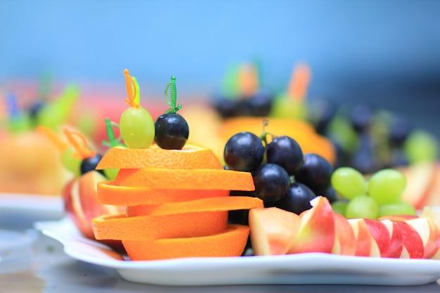 Una variedad de deliciosos productos culinarios.
