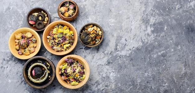 Varios tipos de té de hojas