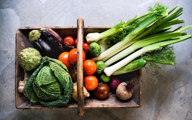 Varios tipos de vegetales frescos.