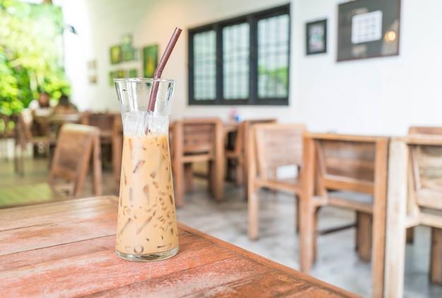 Vaso de cafe expreso helado