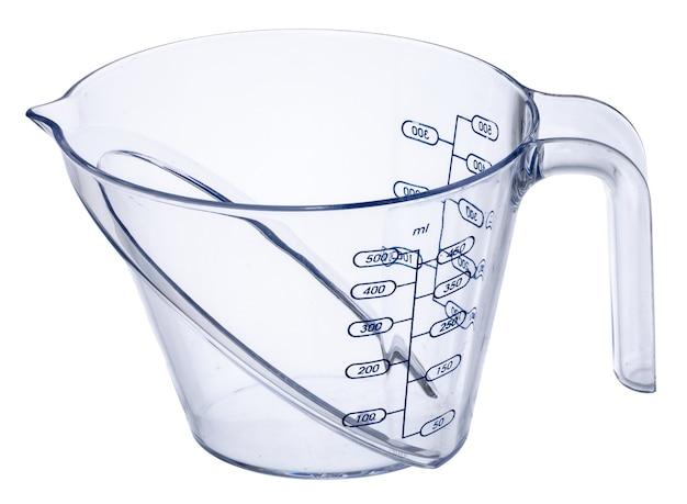Vaso de precipitados de cocina vacía aislado