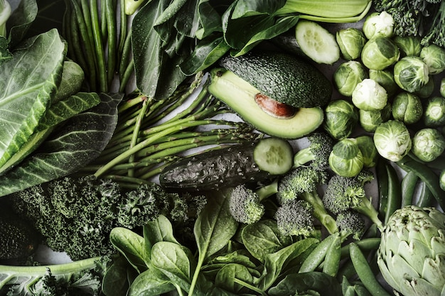 Vegetales verdes planos para una dieta saludable