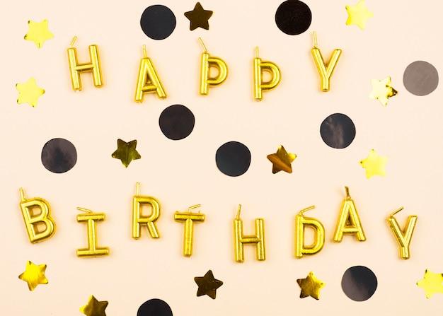 Velas de feliz cumpleaños elegante endecha plana