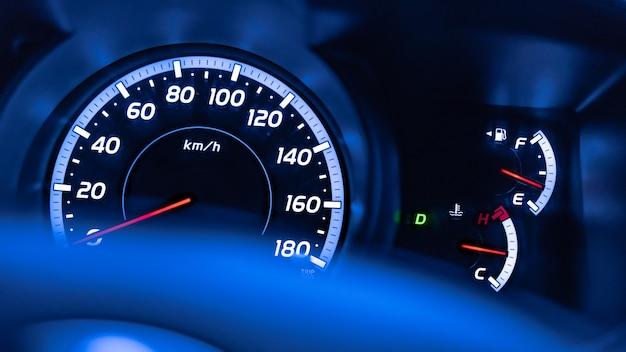 Velocímetro del odómetro del indicador del coche de digitaces