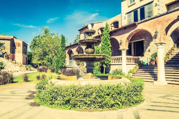 Venecia casa italiana colorido estrecha