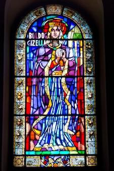 Ventana en basílica de san esteban