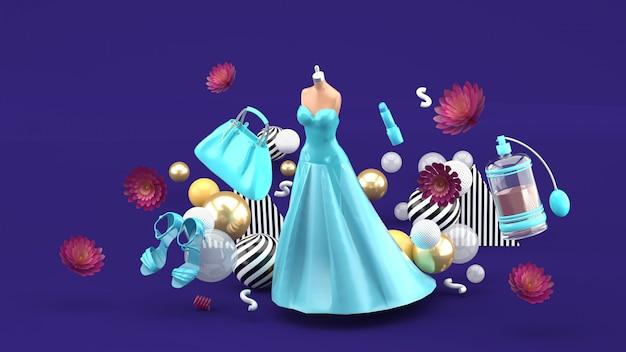 Vestidos de noche, bolsos, zapatos y cosméticos flotando entre las flores de color púrpura. representación 3d