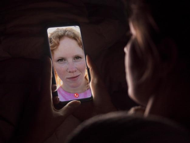 Videollamada en teléfono inteligente