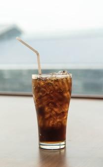 Vidrio de cola de hielo