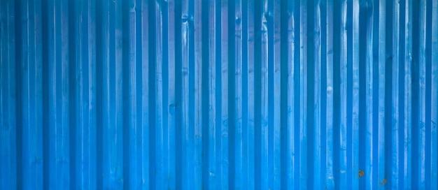 Viejo fondo azul de metal corrugado y superficie de textura